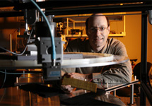 Дэвид Смит из Университета Дьюка . Фото Duke Photography с сайта dukenews.duke.edu