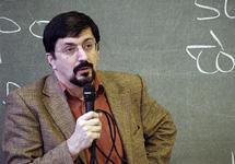 Гасан Гусейнов. Фото с сайта www.philol.msu.ru