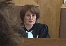Судья Мария Сырова. Фото из твиттера группы ''Война''