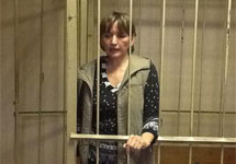 Ольга Зеленина в зале суда. Фото из твиттера Тимура Хорева