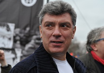 Борис Немцов на митинге. Фото Л. Барковой/Грани.Ру