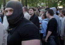 Максим Лузянин на Болотной. Кадр видеозаписи