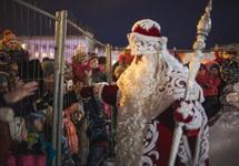 Встреча Деда Мороза с детьми в Самаре. Фото Асхата Бардынова (vk.com/i_love_6x7)