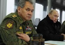 Шойгу и Путин наблюдают за учениями. Фото пресс-службы Кремля