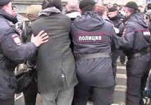 Задержание другороссов на Триумфальной, 31.03.2014. Кадр Граней.Ру