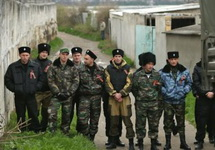 "Боевики ""самообороны"" Крыма. Фото: info-crimea.info"
