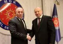 Сейфуллах Хаджимуфтюоглу и Александр Турчинов. Фото: rnbo.gov.ua