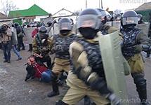ОМОН в поселке Плеханово. Фото: newstula.ru