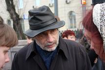 Б. Акунин, писатель. Фото Граней.Ру