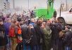Алтухов возле эвакуатора. Кадр ОТВ