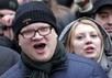 Олег Кашин на проспекте Сахарова, 24.12.2011. Фото Константина Рубахина