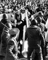 Вперед демонстрантов выдвинулись крепкие мужчины, толпа бросилась на милицию и смяла ее мгновенно.