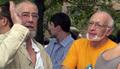 У Хамовнического суда в день приговора. Сергей Гандлевский и Андрей Маргулев. Кадр Грани-ТВ