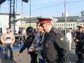 Василий Цепенда (слева) наблюдает за задержанием Бориса Немцова на Болотной 6 мая 2012 года. Фото с личной страницы ВКонтакте