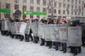 Бой на Грушевского: подкрепление с Майдана. Фото Юрия Тимофеева/Грани.Ру