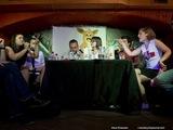 Дебаты с прокремлёвским движением НАШИ. Справа - Анастасия Рыбаченко. Фото Ильи Епишкина