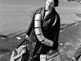 """""""Улов дня"""". Проспект мира, Москва, 1991 г. Фото Дмитрия Борко"""